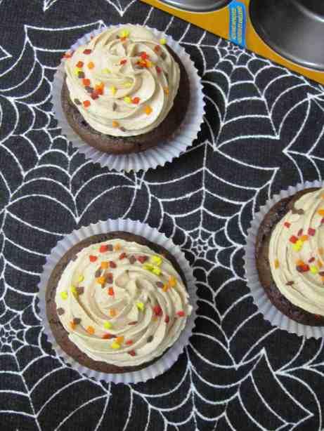 Chocolate Pumpkin Cupcakes 3