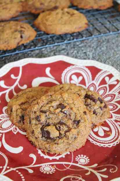 Flourless Almond Butter Dark Chocolate Chunk Cookies 2