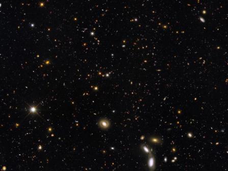 Image Credit: NASA, ESA, R. Windhorst, S. Cohen, and M. Mechtley (Arizona State University, Tempe), R. O'Connell (University of Virginia), P. McCarthy (Carnegie Observatories), N. Hathi (University of California, Riverside), R. Ryan (University of California, Davis), and H. Yan (Ohio State University)