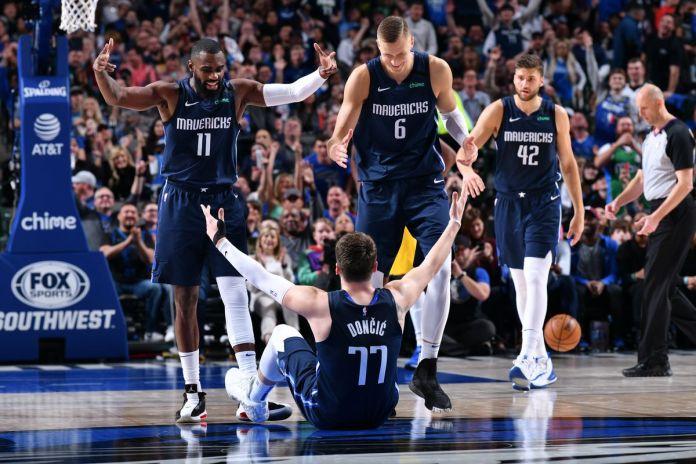 Dallas Mavericks return to the NBA playoffs after a 4-year hiatus, Bucks