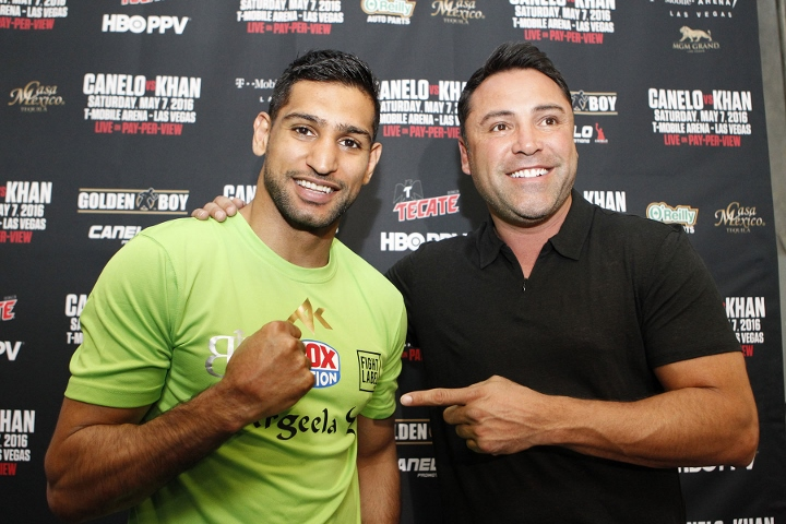 Oscar De La Hoya Ends 11 year Retirement, Gets Called Out by Amir Khan - THE SPORTS ROOM