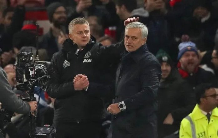 Solskjær takes cheeky jab at Mourinho's goalpost comment, the Spurs boss retorts - THE SPORTS ROOM