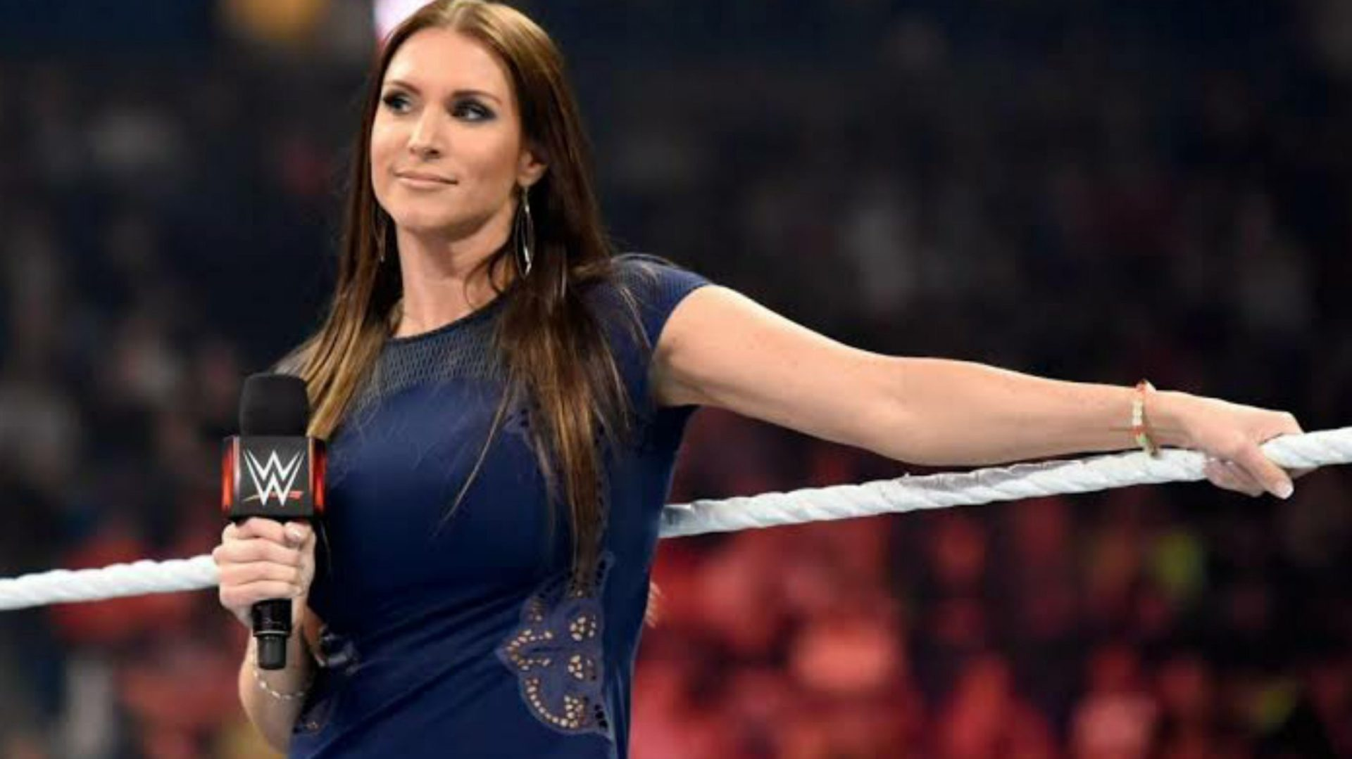 Stephanie McMahon to discuss decline in ratings with a major TV network - THE SPORTS ROOM