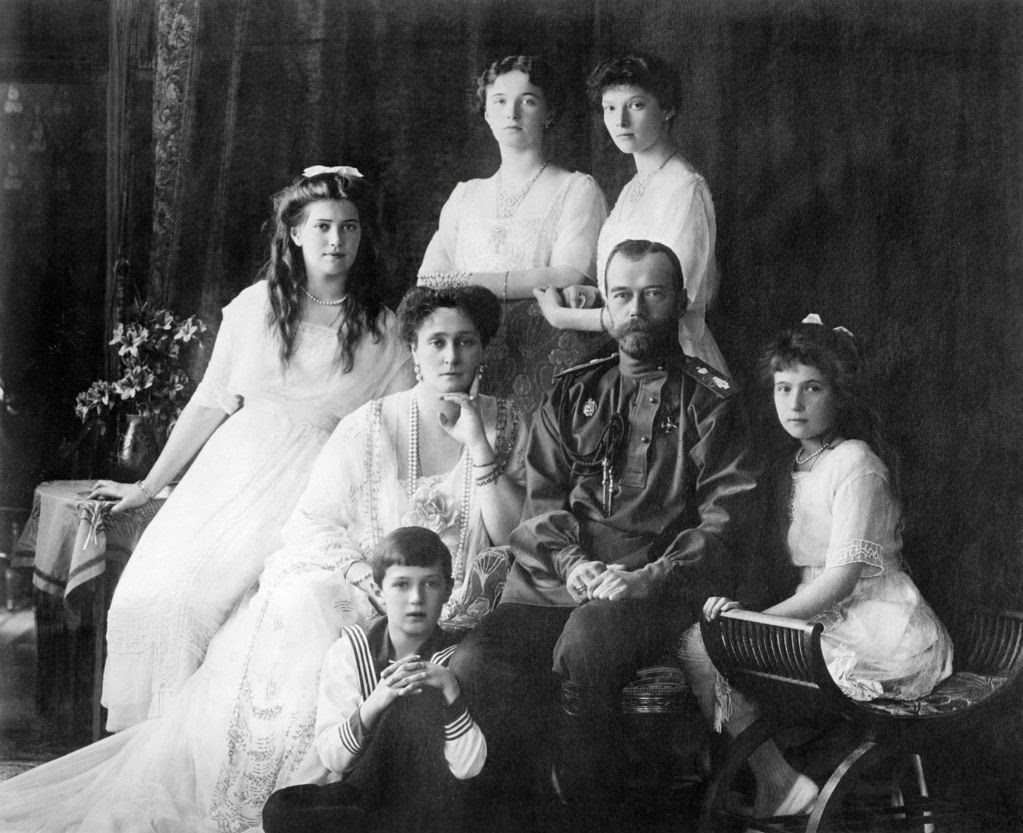 family_nicholas_ii_of_russia_ca_1914