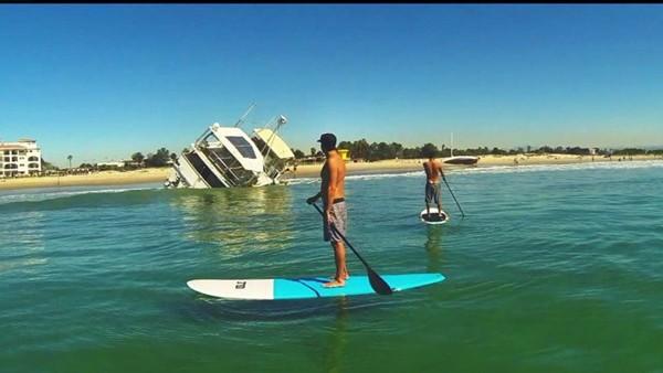45 foot yacht shore