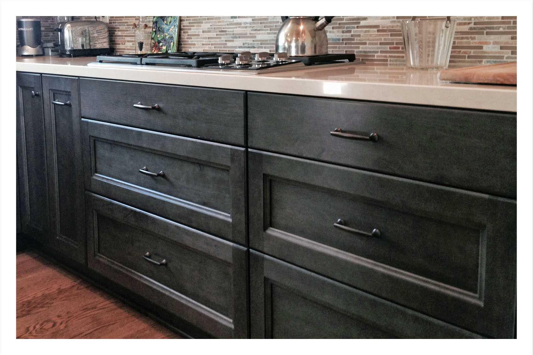 kitchen cabinet images sinks design essentials three drawer base cabinets