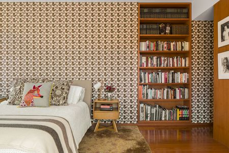 kitschy living room makeover my 28 ways to add retro style your decor wallpaper adds in bedroom