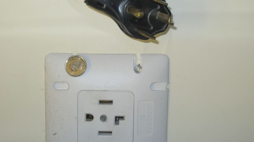 medium resolution of seperate from switch outlet wiring