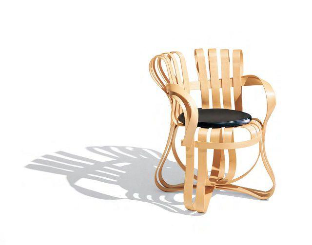 frank gehry chair kneeling ergonomic design geek the groundbreaking furniture designs of