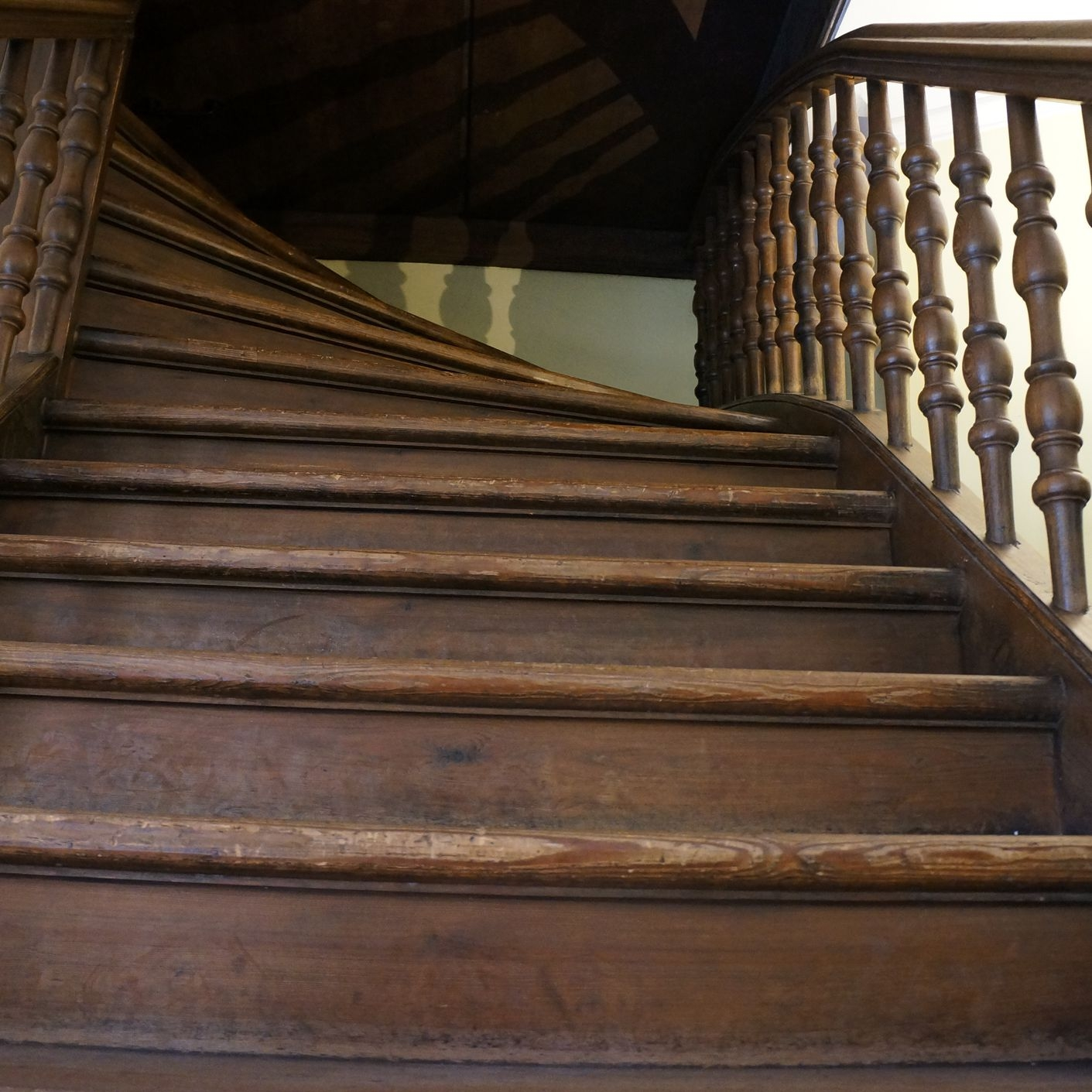 How To Fix Creaky Stairs   Steel And Timber Stairs   90 Degree External   Architectural   Modern   Contemporary   House