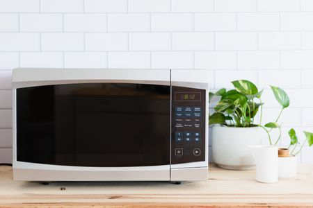 buy a microwave oven
