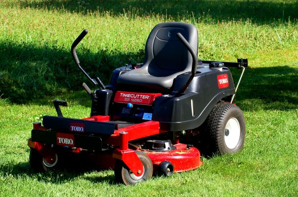 riding mowers . lawn tractors