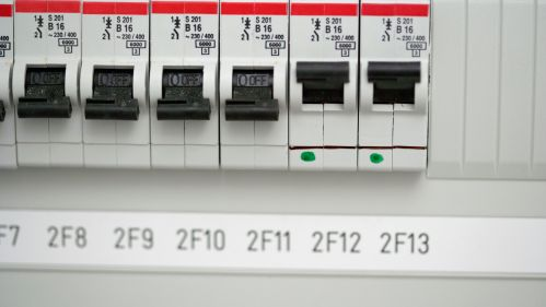 small resolution of major fuse box