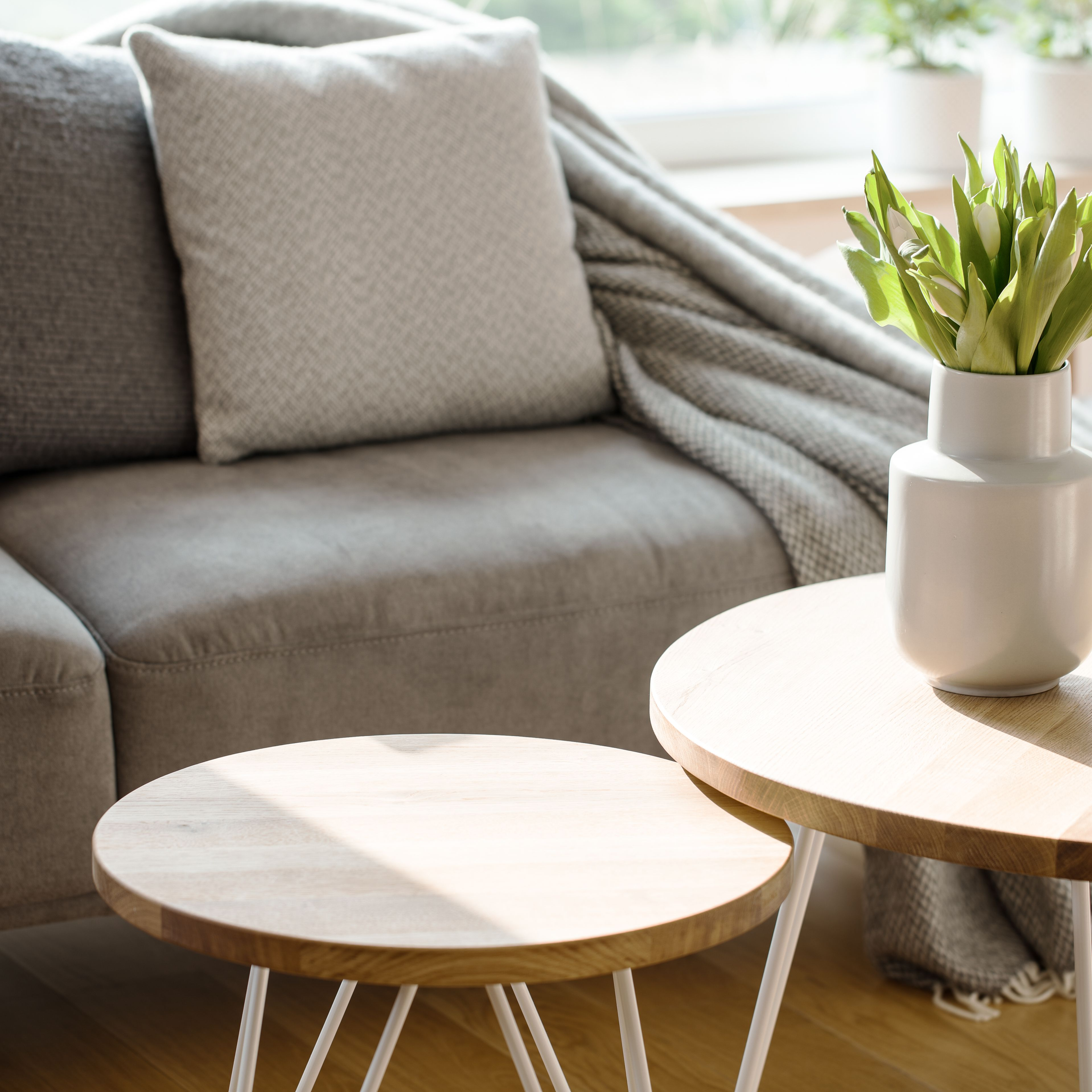 7 coffee table alternatives for small