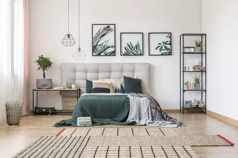 Room with green and botanical accents