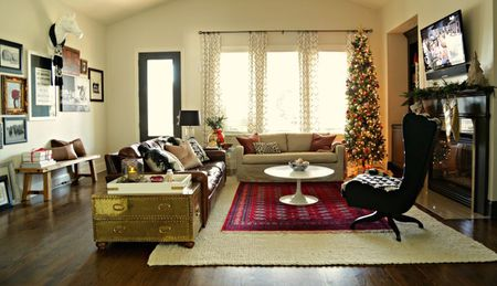 decorate small living room for christmas simple decorations a 21 beautiful ways to the with skinny tree