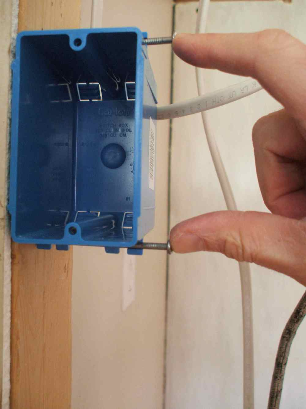 medium resolution of wiring a double receptacle outlet