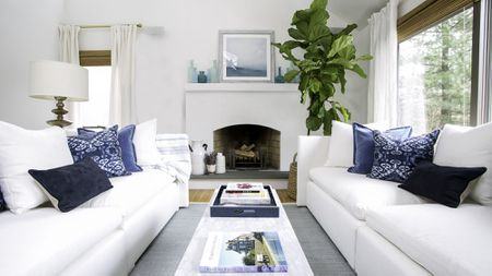 best color schemes for living rooms with brown leather furniture 22 ways to decorate coastal colors the decorating modern hamptons beach house