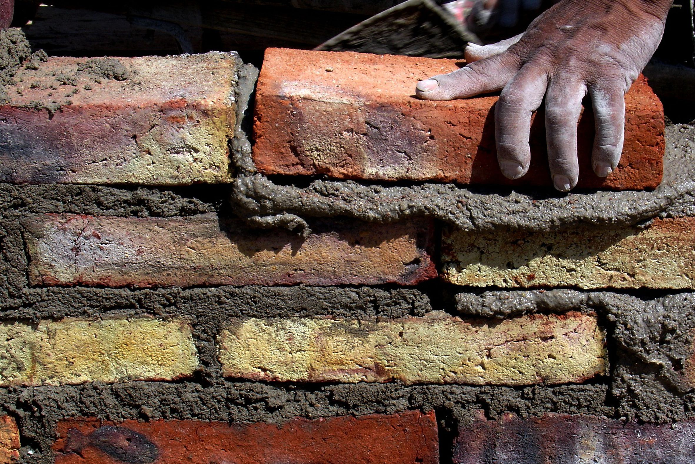 removing stains from brick patios and walls