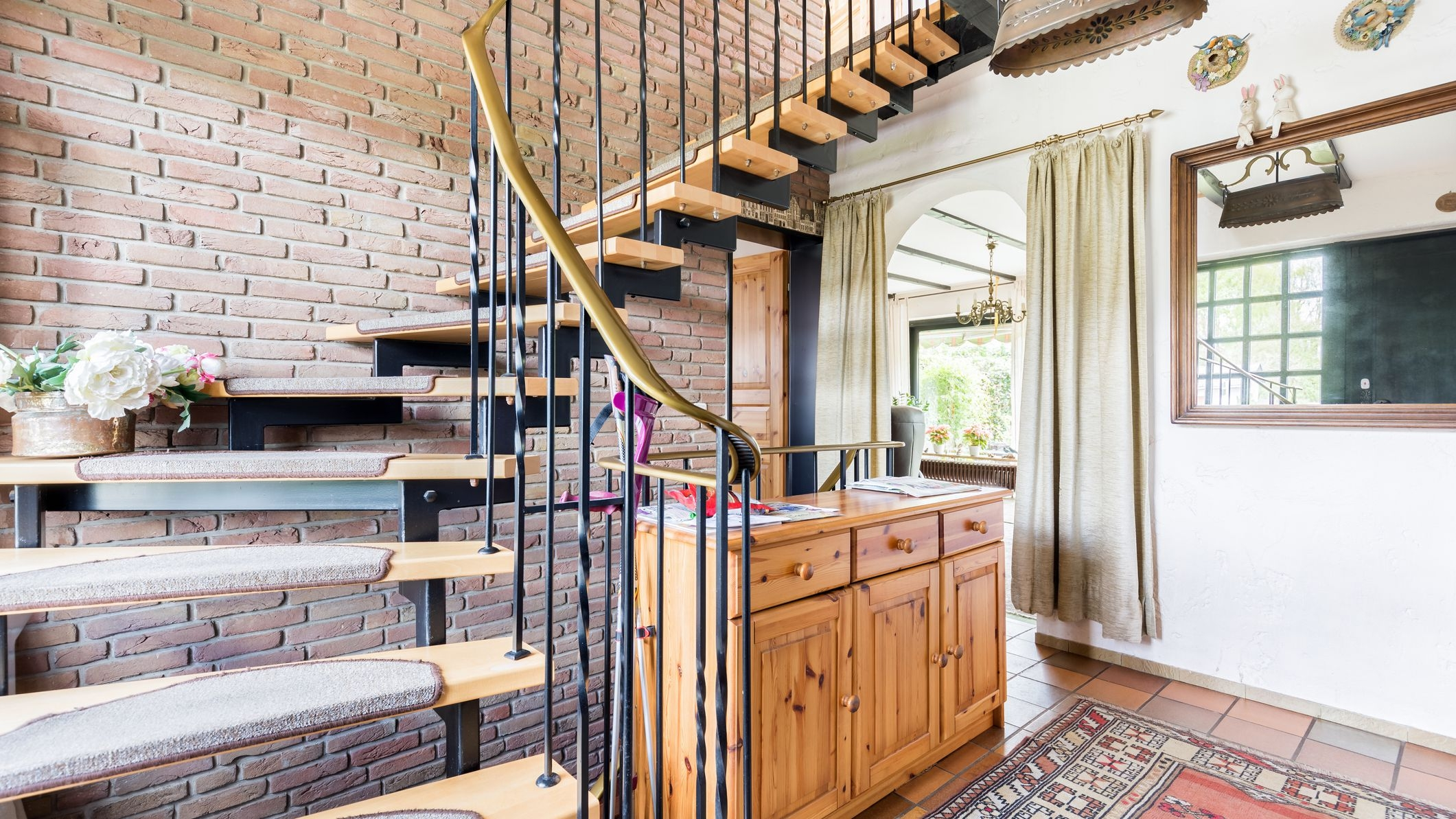 4 Decorative Ways To Dress Up A Stairway | Wooden Staircase Designs For Homes | Beautiful | Royal Wooden Stair | Residential | Interior | Iron