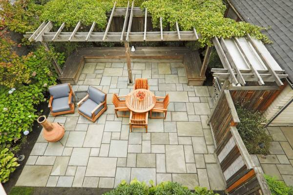simple landscaping makeover ideas