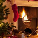 34 Easy And Elegant Christmas Mantel Decoration Ideas