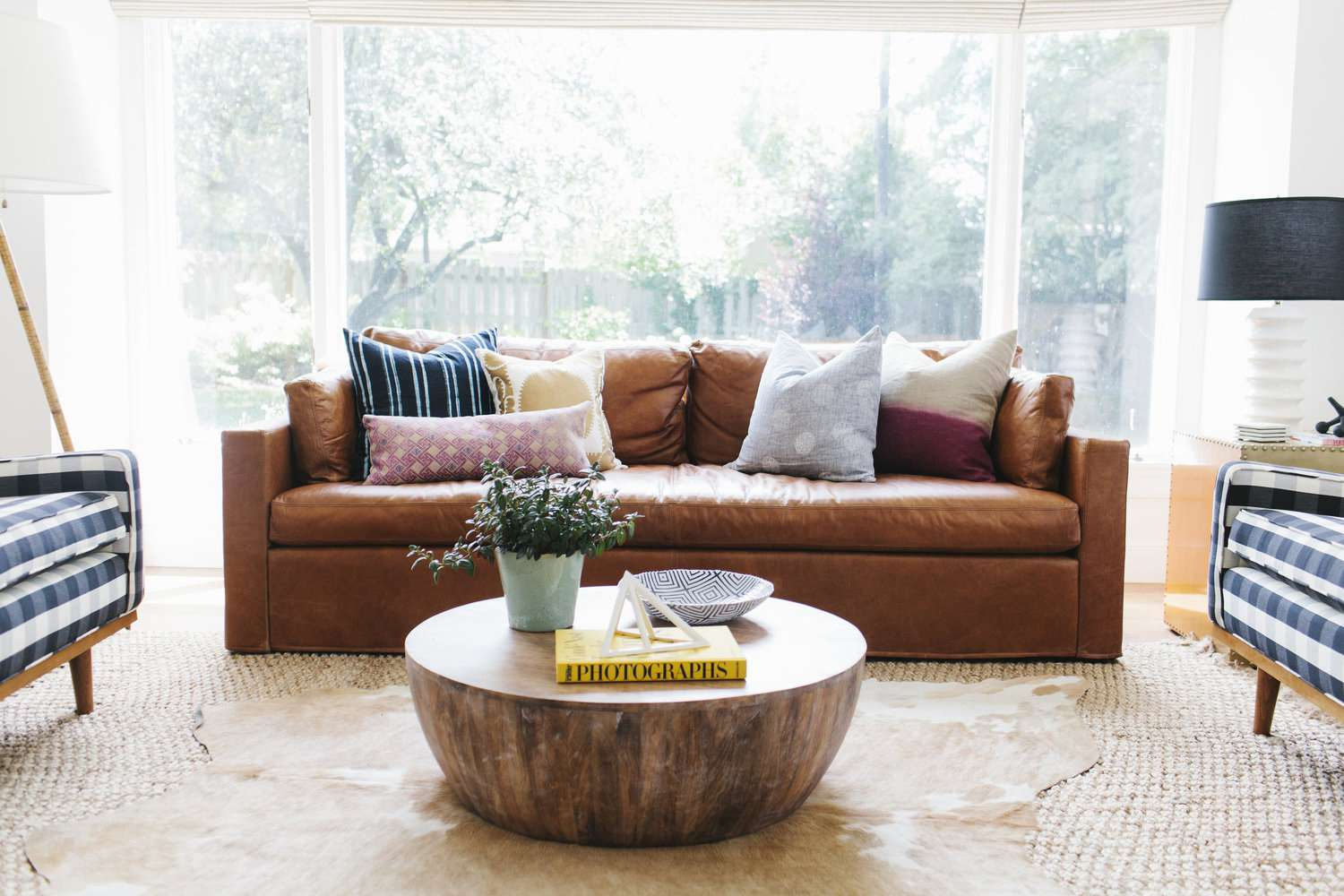 living room designs with leather couches oak furniture land 16 ways to decorate