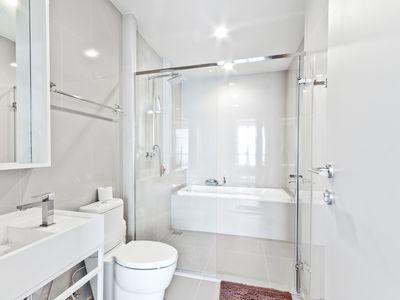 small bathroom photos and
