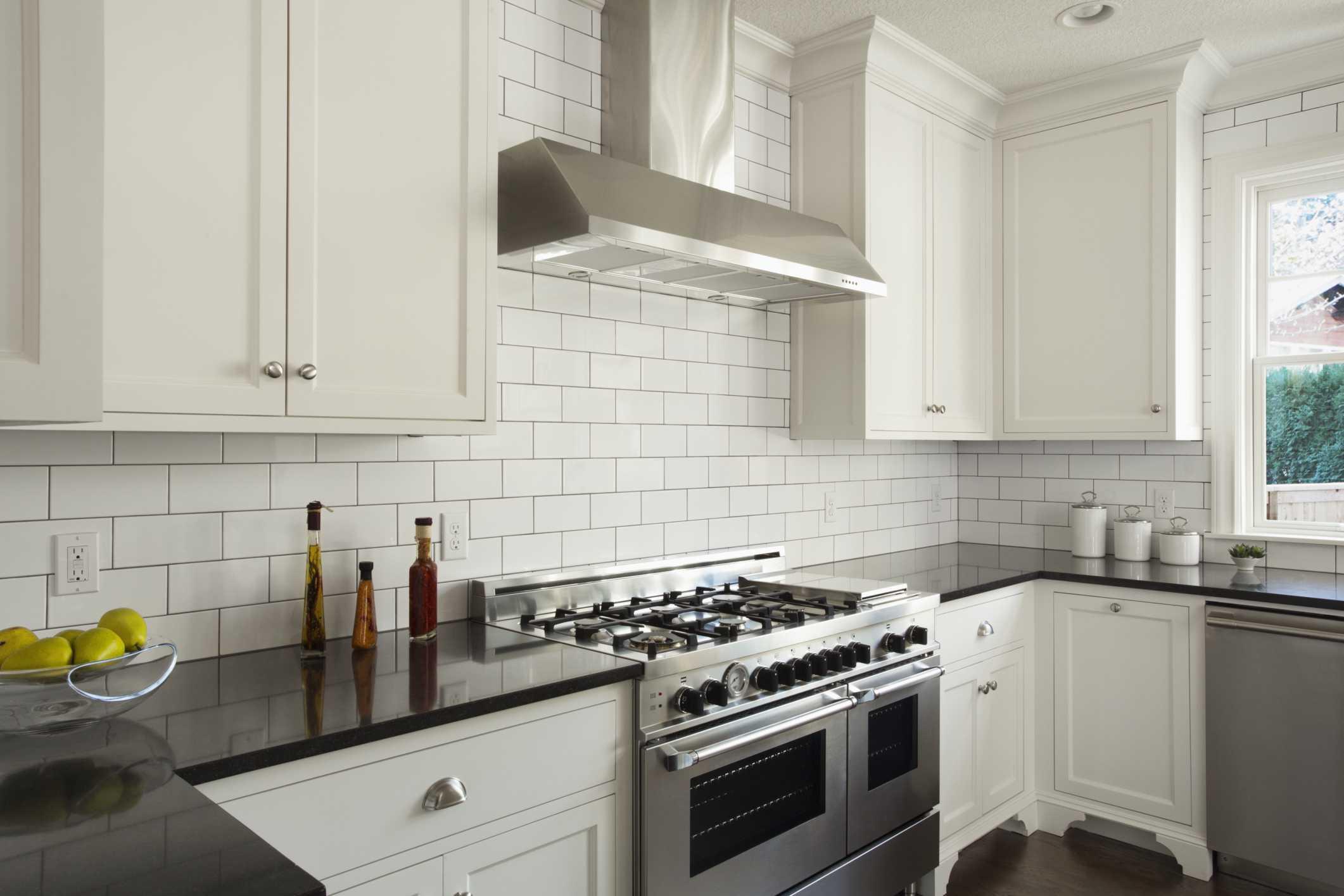 ceramic subway tiles for kitchen