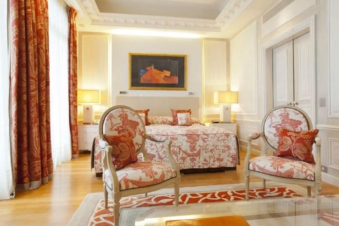Gorgeous orange and white bedroom