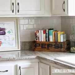 Kitchen Display Cabinet Hardware Pulls 10 Stylish Cookbook And Storage Ideas Place A Vintage Crate On The Countertop