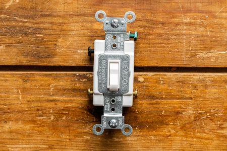 4 way switch wiring diagram power at light muscles in your back understanding three wall switches the purpose of a