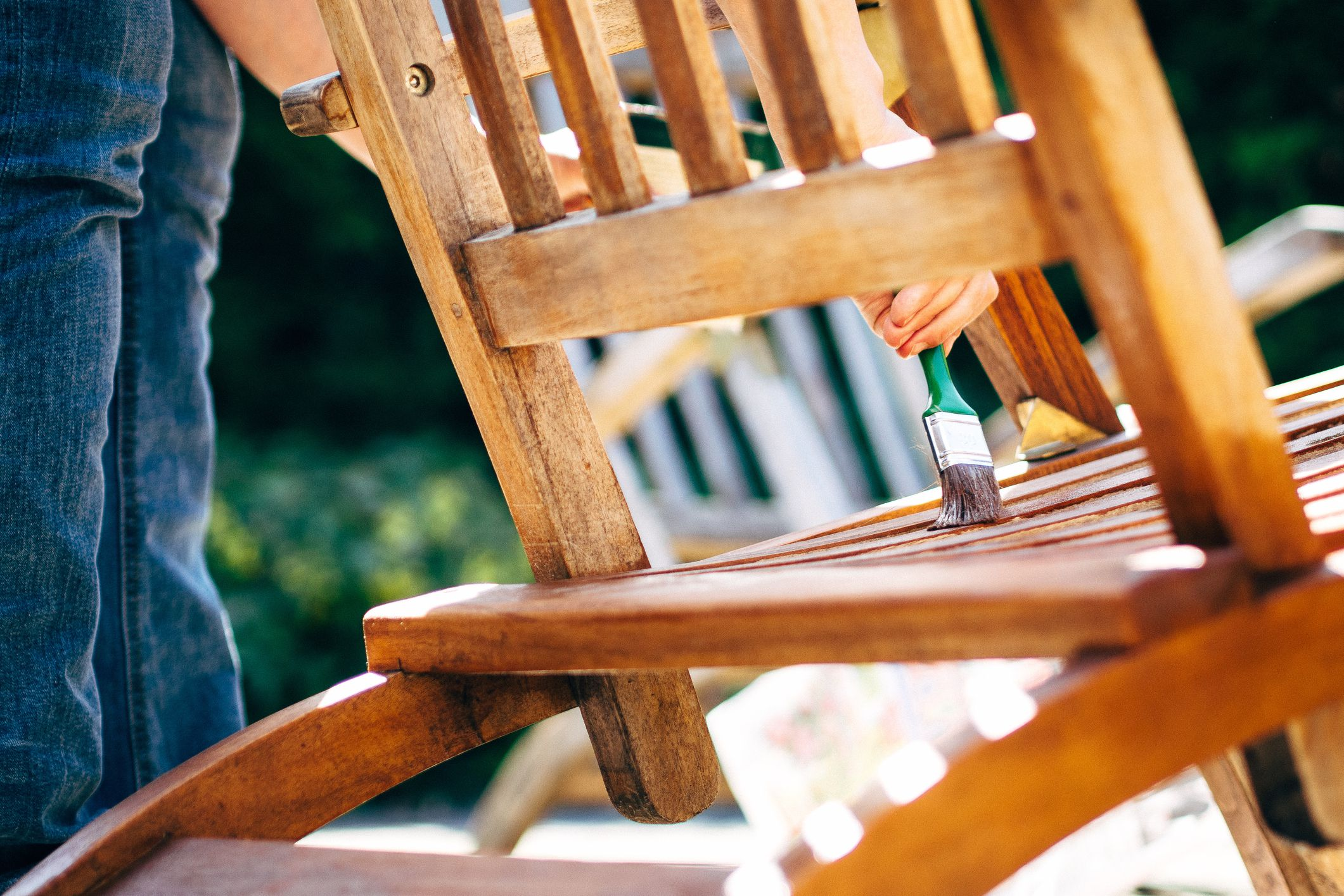 How to Paint Wood Smoothly Like a Professional