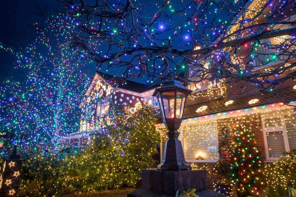 medium resolution of  how to hang outdoor christmas lights christmas light wiring schematic strong s on