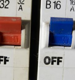 3 phase fuse box [ 5109 x 3420 Pixel ]