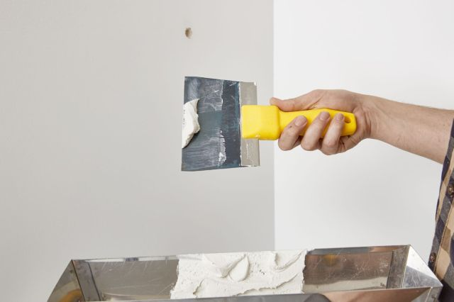 How to Fill Screw or Nail Holes in Drywall