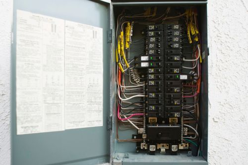 small resolution of how to install a 240 volt circuit breaker antique fuse box