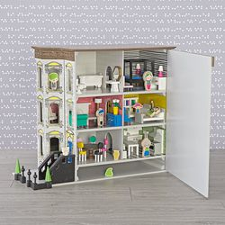 Brownstone Dollhouse Deluxe Set