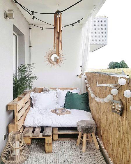 Small And Stylish Apartment Balcony