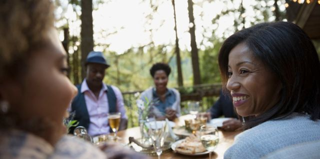 Tips On Etiquette At The Dinner Table