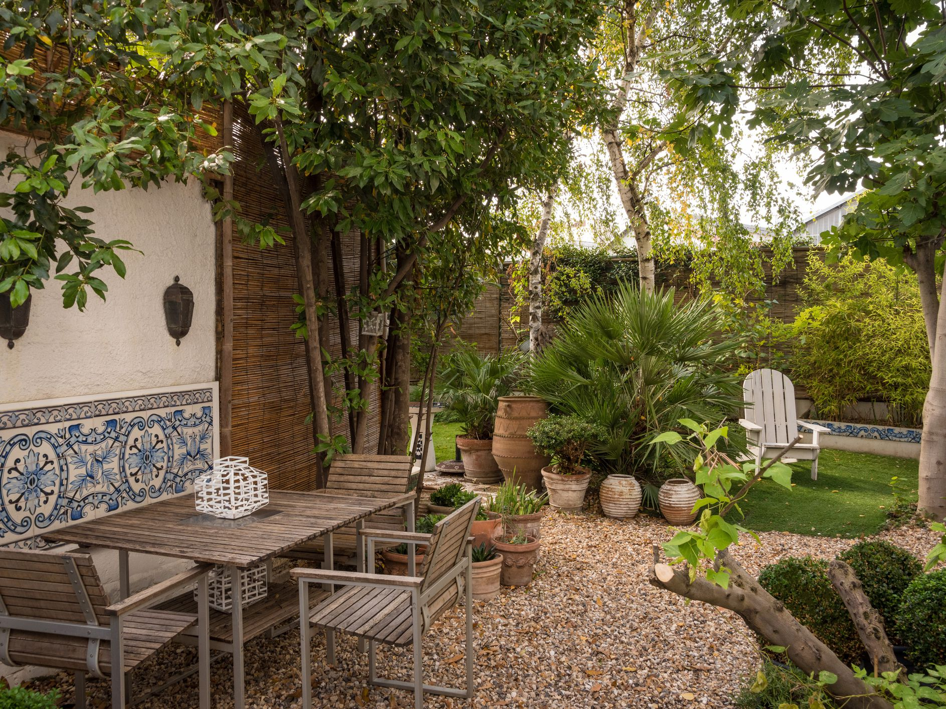 how to build a gravel patio