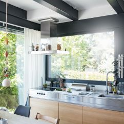 Kitchen Windows Blue Cabinet Knobs Creative Ways To Use In A Remodel Integrate With The Range Hood
