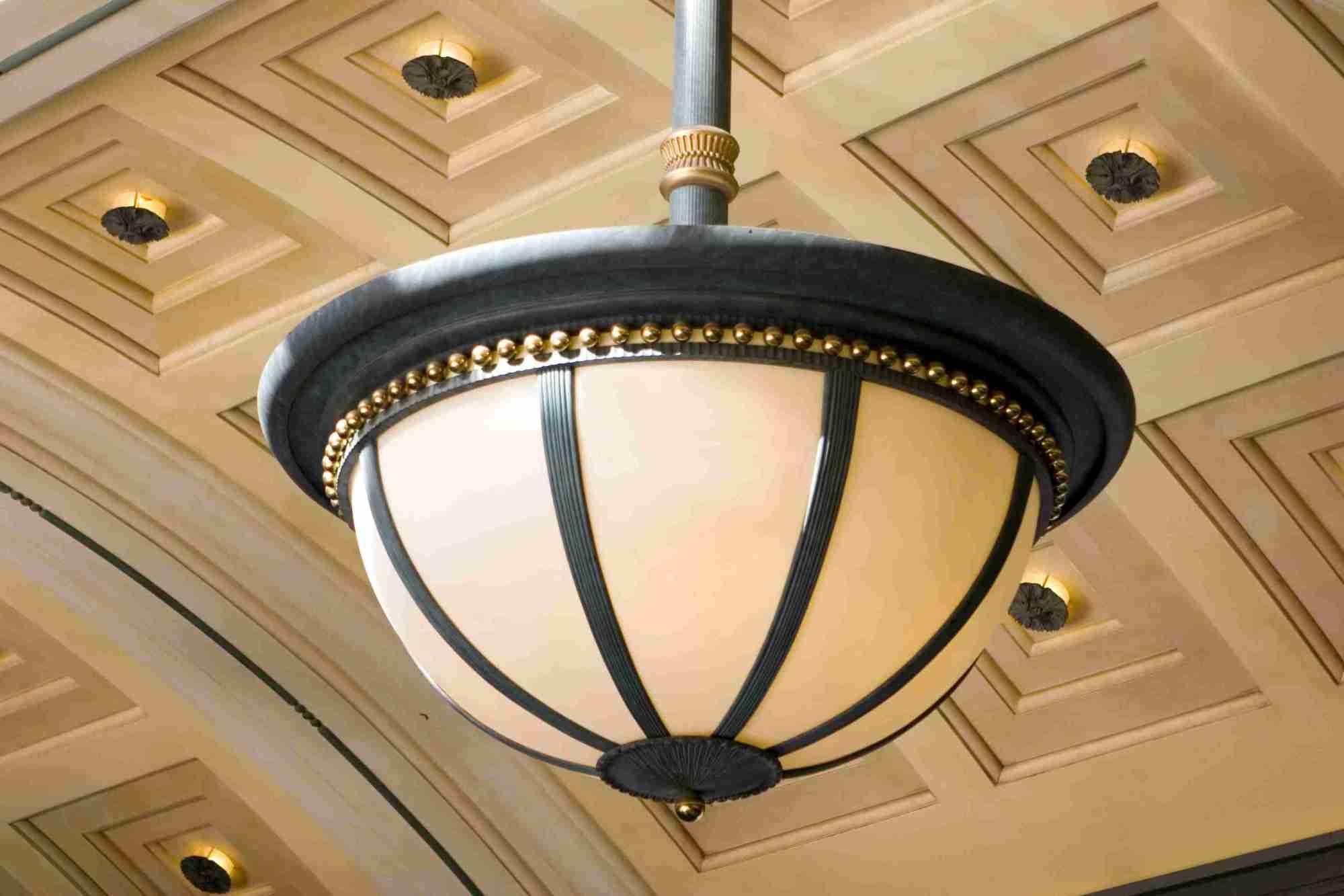 hight resolution of an exterior light fixture