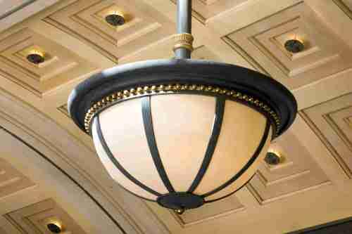 small resolution of an exterior light fixture