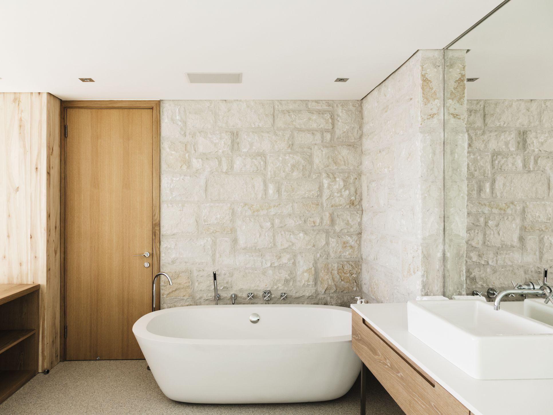 diy tub and shower finishing vs