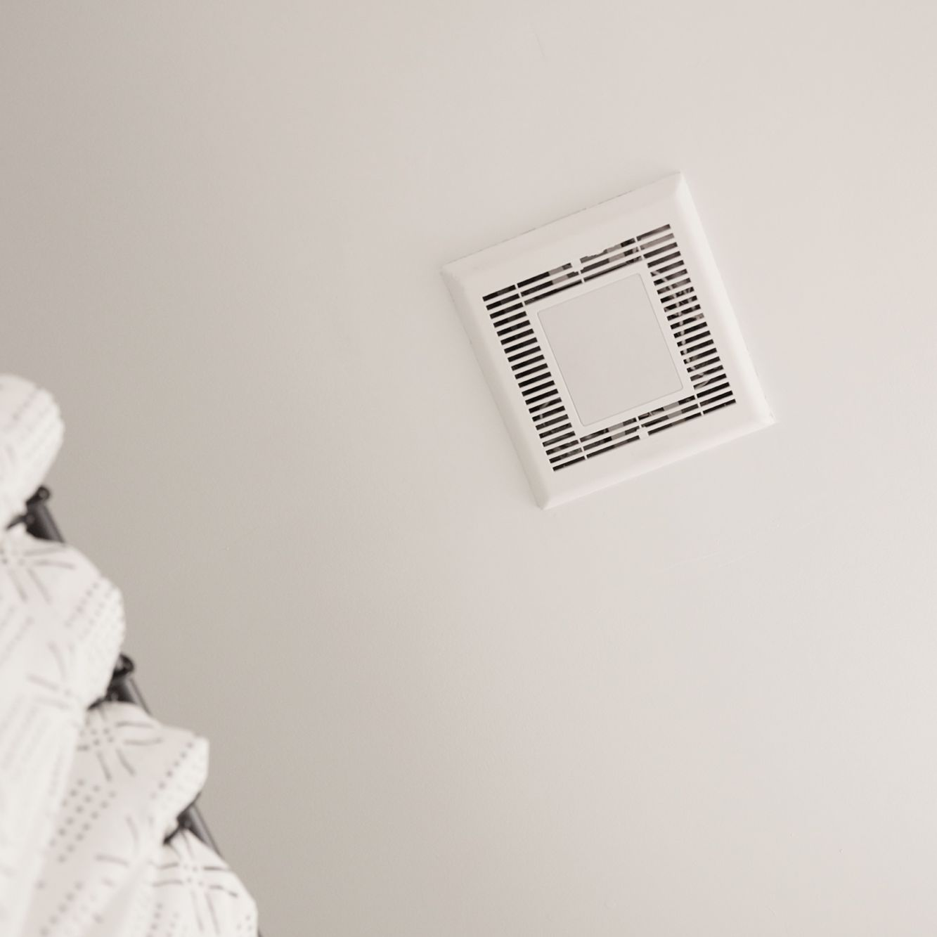 https www thespruce com how to size a bathroom exhaust fan 1152773