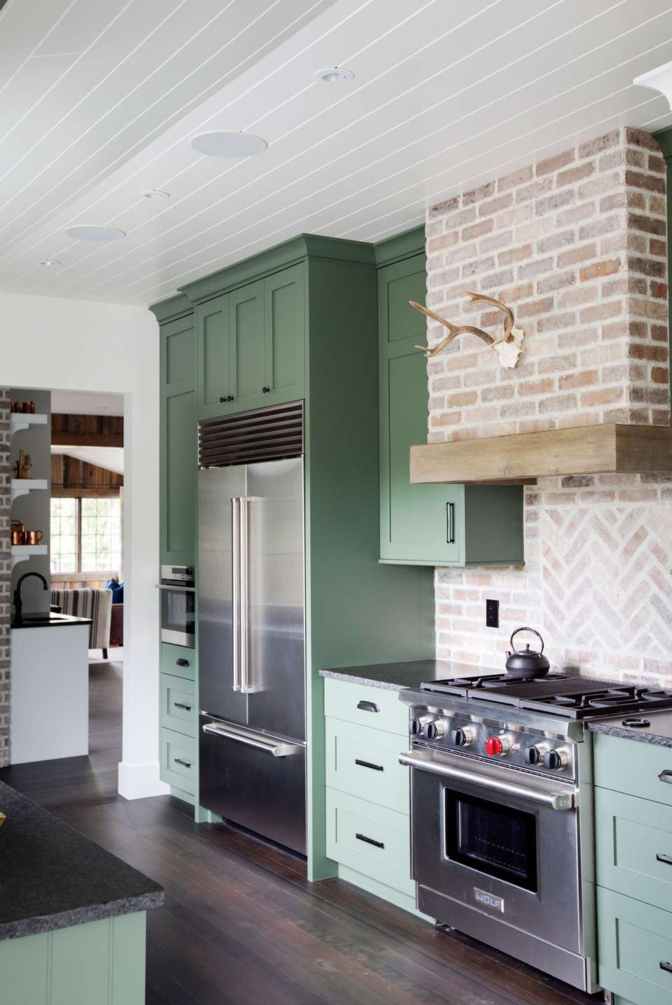Green Kitchens Ideas For A Lively Space