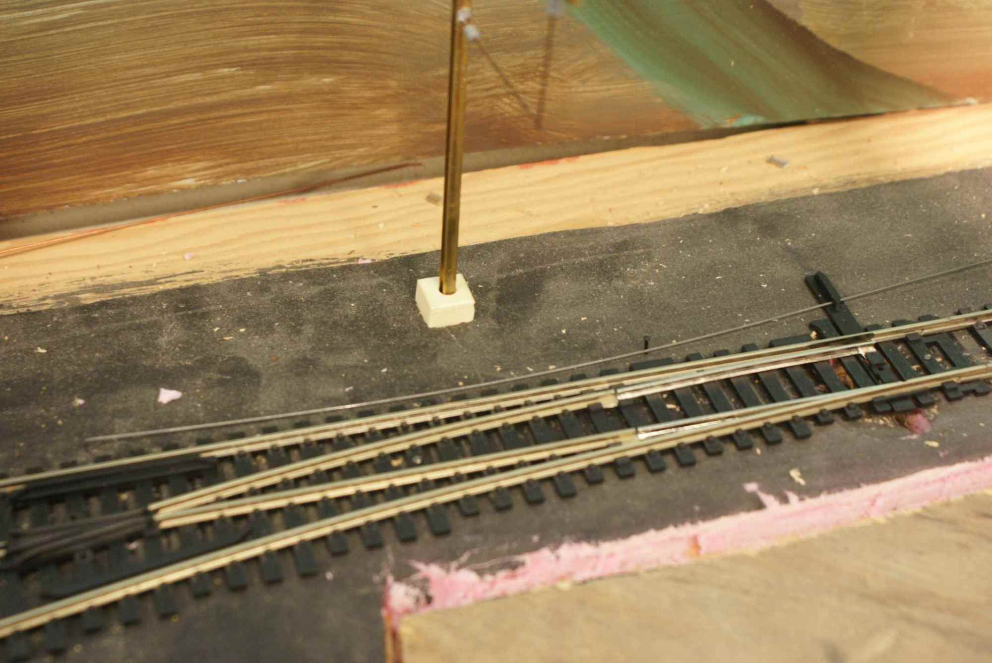 hight resolution of piano wire and a track spike