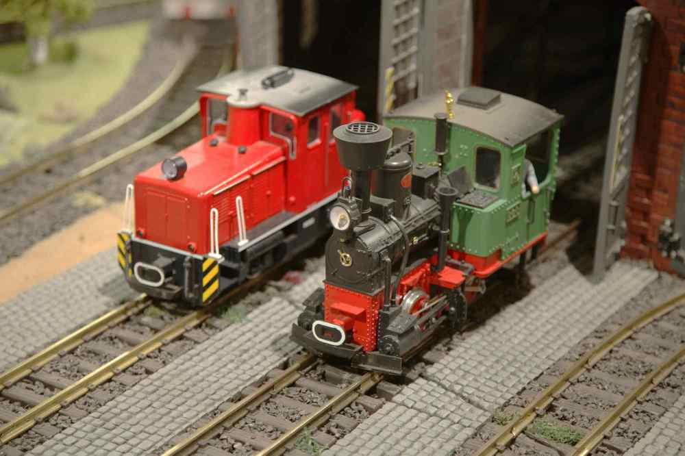 medium resolution of model trains