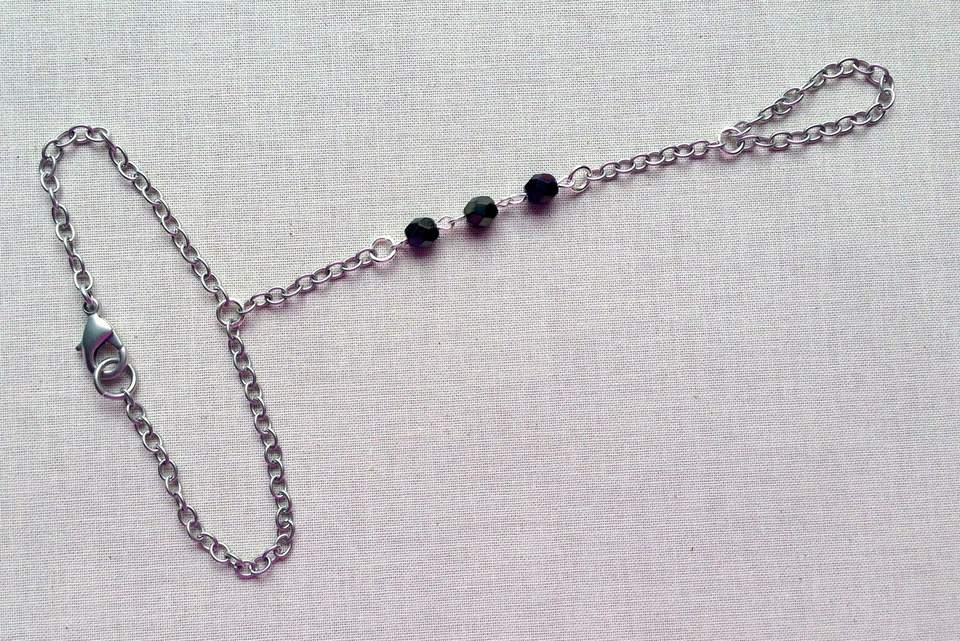 Hand Chain Bracelet and Connected Ring Instructions